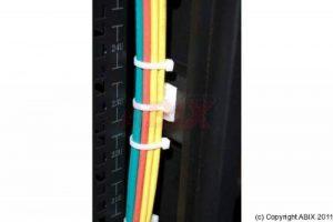 Embase adhesive pour collier par 100 pcs de la marque CONECTICPLUS image 0 produit